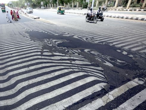 more good news--Floridan roads haven't melted like they have in India-not yet.